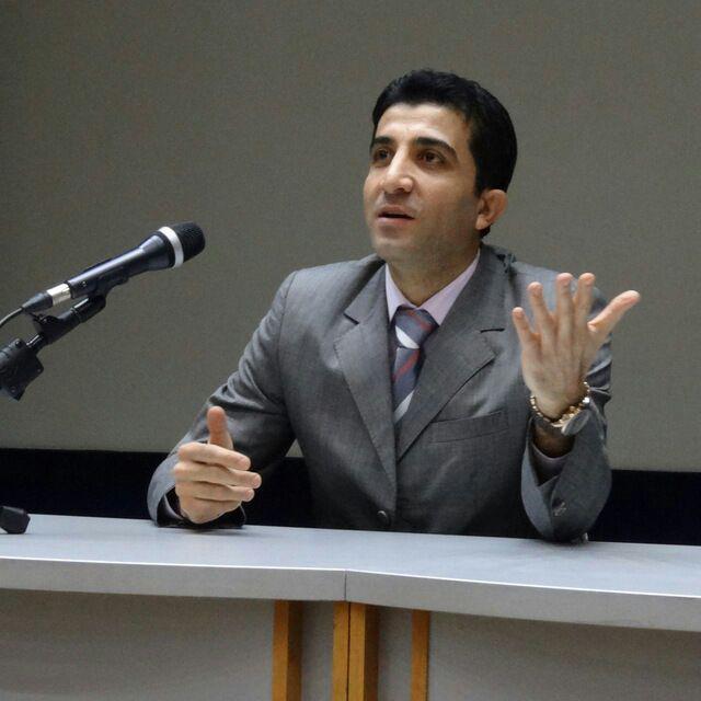 محمود کریم زاده