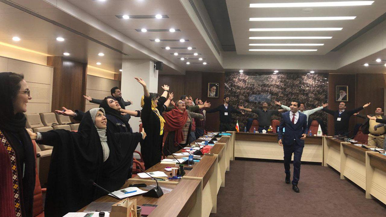 کارگاه اعتمادبهنفس و رفع خجولی برای دوره پرسنال برندینگ تهران
